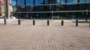 Fribourg, Switzerland: J200 Traffic bollards at the University – Installed by Portes Brodard, La Roche