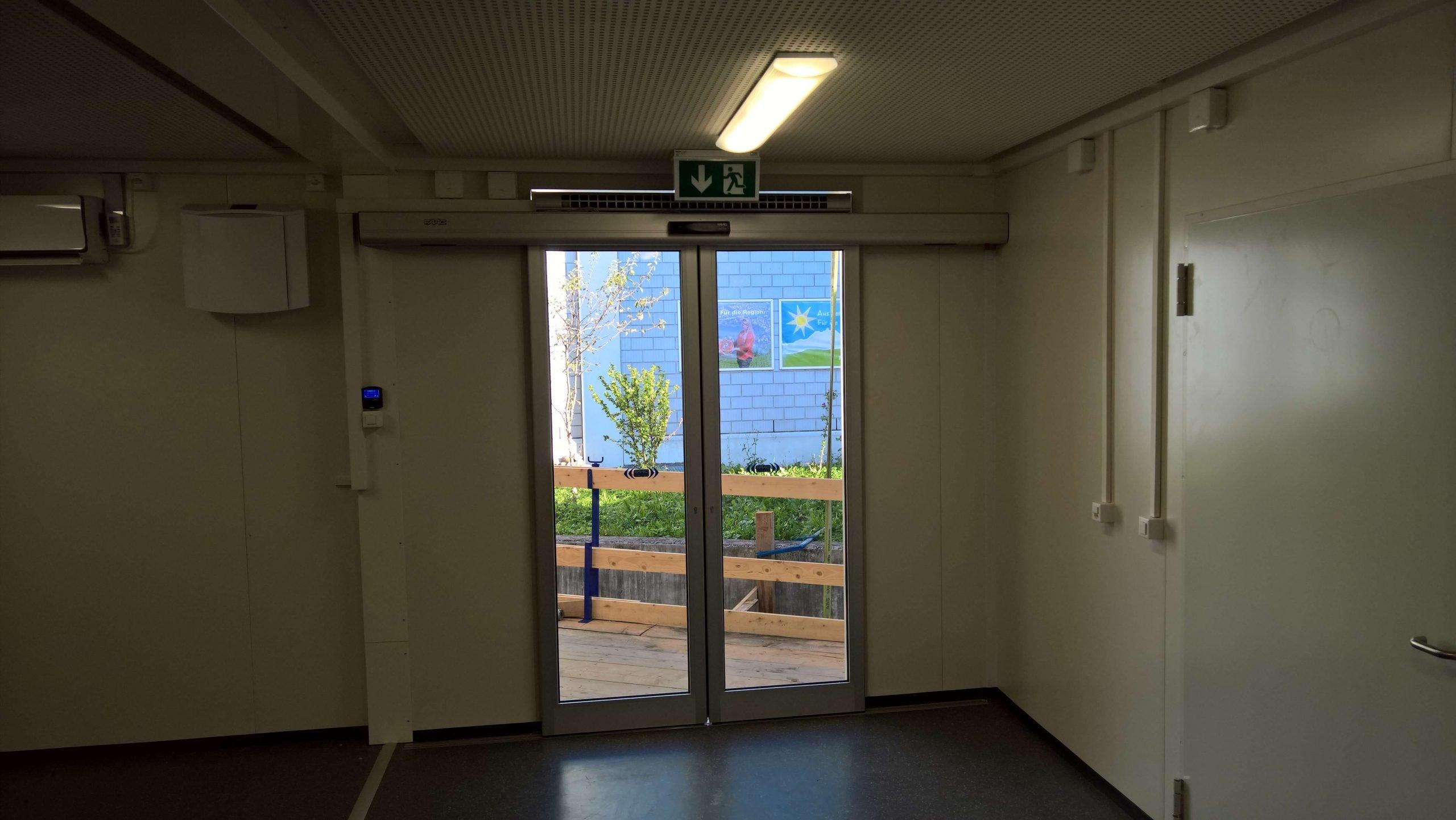 EUROMODUL SCHWEIZ – Door installed by ROVATOR AG